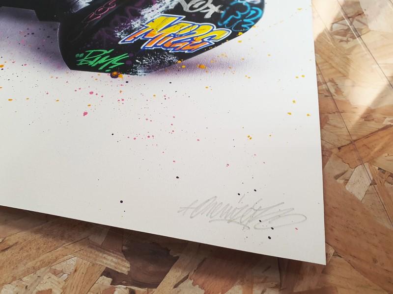 Kaws Tribute 1 - Signature